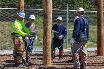 MCC, Eversource team up to announce Lineworker Certificate Program