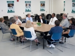 Governor Lynch Speaks with Workers Enrolled in WorkReady NH Program